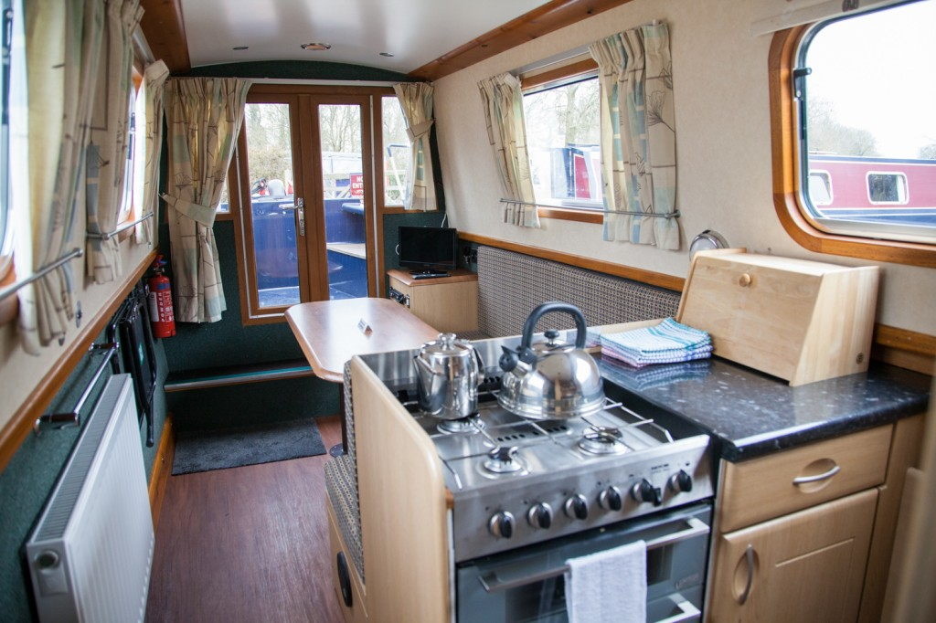 narowboat holiday kitchen
